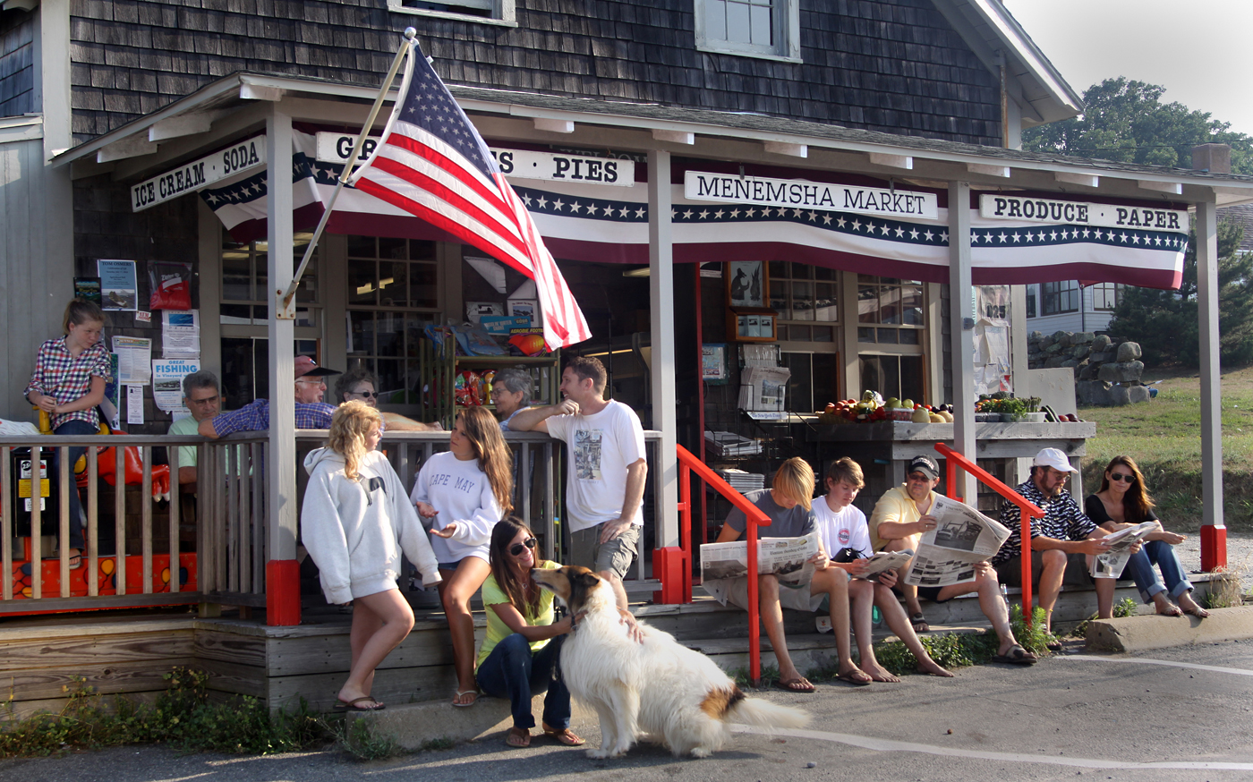 The vineyard gazette martha 39 s vineyard news menemsha for Fish stores in ma