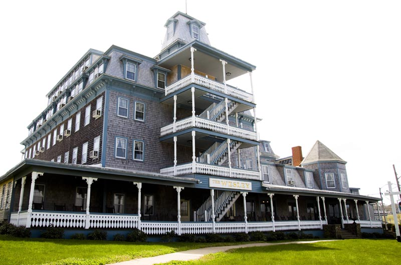 Wesley Hotel Keeping Watch Over The Oak Bluffs Harbor For 130 Years