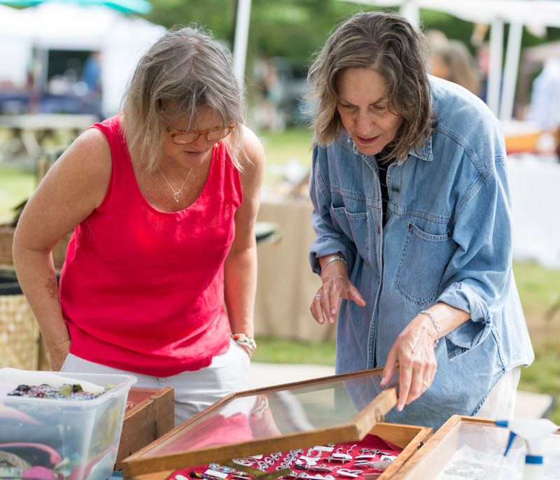 menemsha chat sites On thursday, fishermen and the community mingled in menemsha at meet the  fleet, the annual event to raise awareness about the martha's.