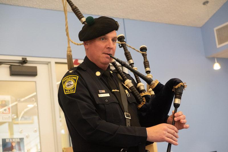 The Vineyard Gazette - Martha's Vineyard News   Police Chief