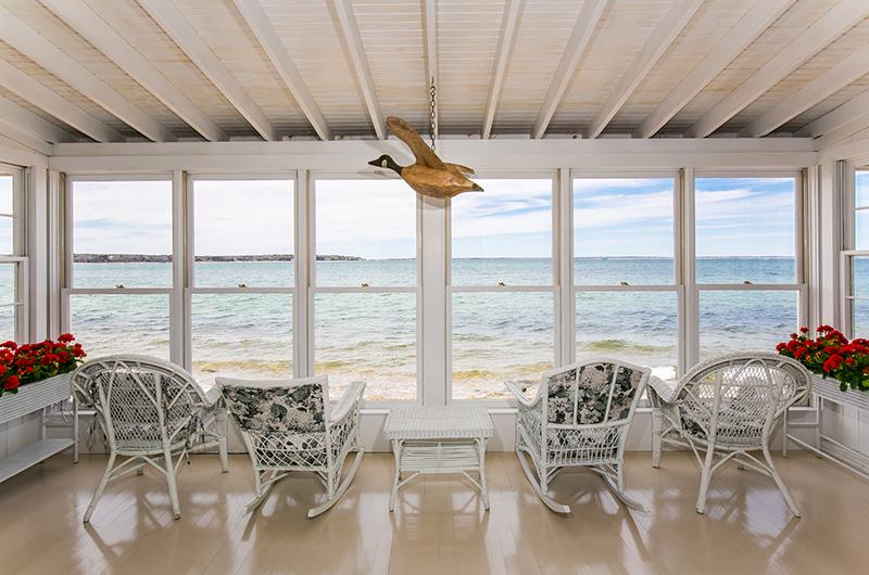 The Vineyard Gazette Martha S News East Chop Beach House