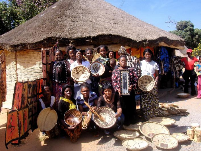 African children display art