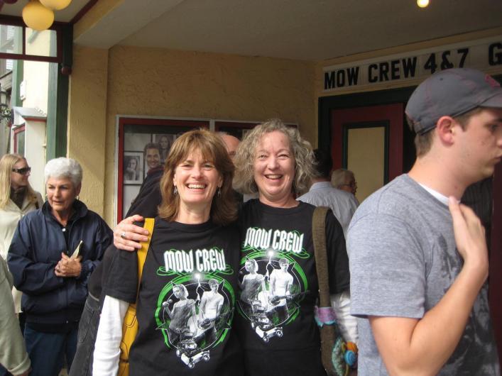 Mow Crew fans