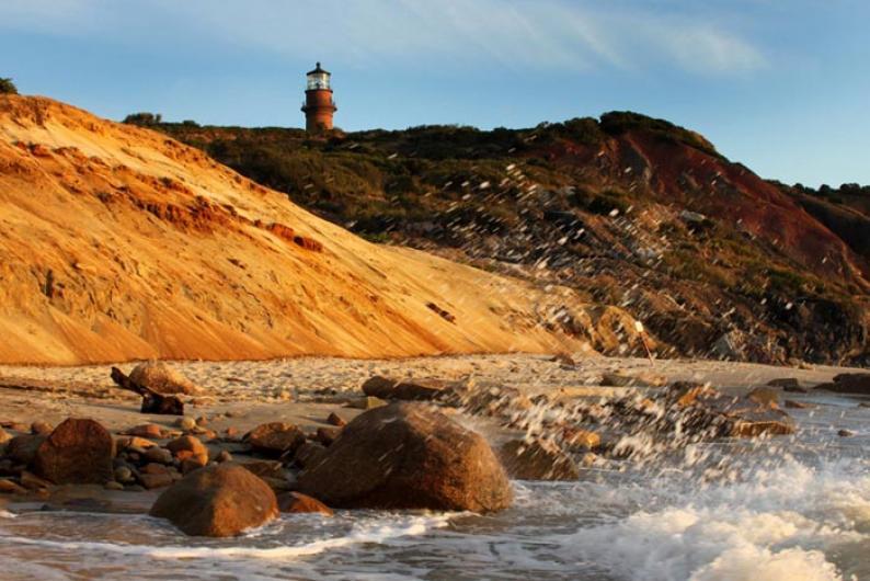 Gay Head Lighthouse beach cliffs