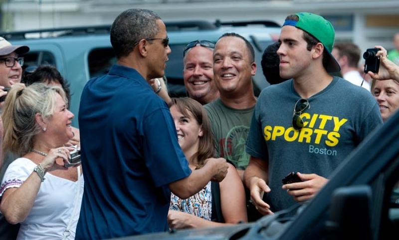 Barack Obama handshake crowd POTUS