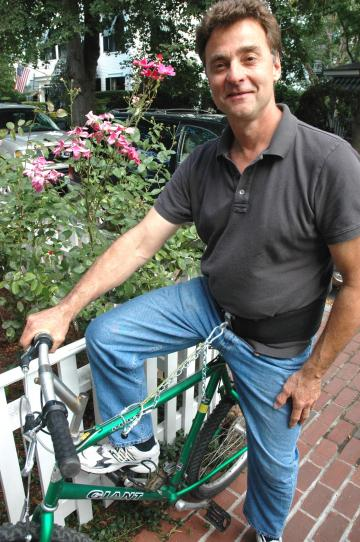Keny Lay with bicycle invention