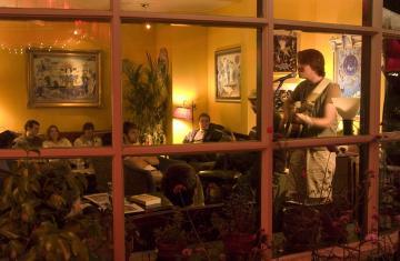performance in coffeeshop