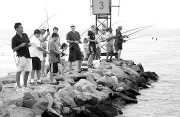 Fishermen at Menemsha Jetty