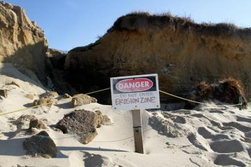 Wasque erosion cliff danger