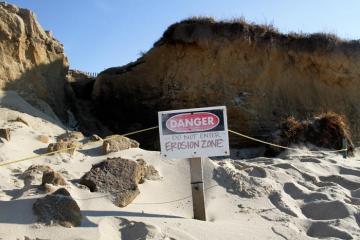 Wasque erosion cliff danger