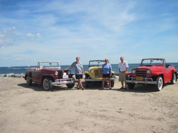 Tom Dresser Carol Slocum Bob King jeepsters beach