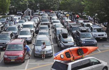 parking lot traffic cars kayak