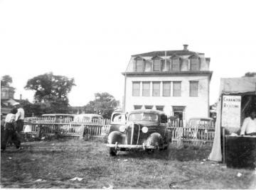 old car at fair