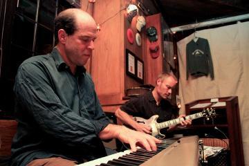 jeremy berlin eric johnson keyboard guitar