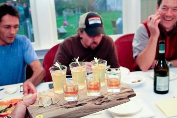 dandelion-based liquor table drinks