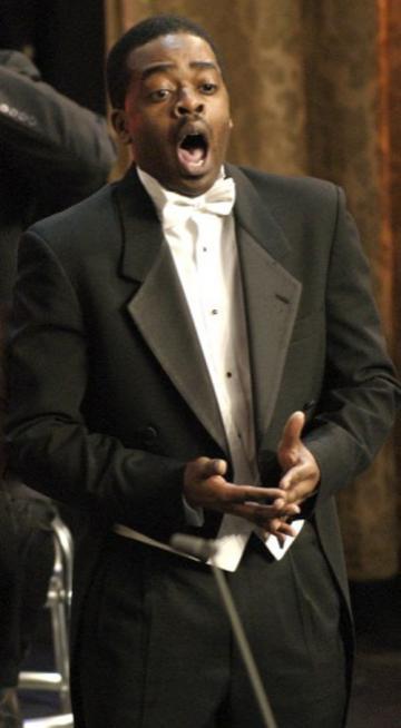 singer tuxedo