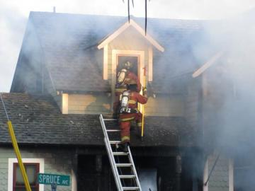 Spruce Ave fire