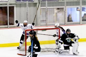 Celia Mercier girls hockey