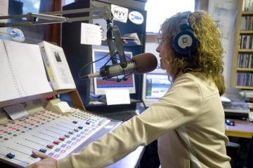 Martha's Vineyard Radio Sold