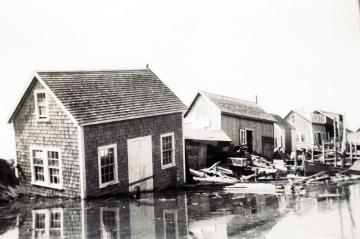 Hurricane Carol hits Menemsha