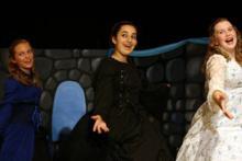 actress stage singing