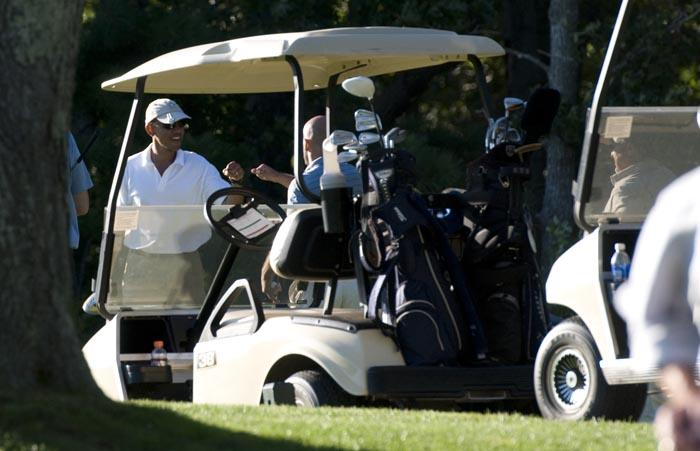 Barack Obama golf cart